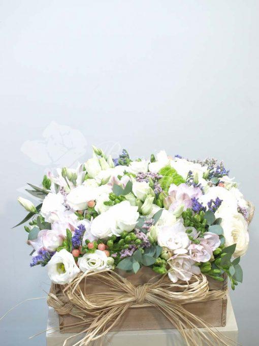 Caja de madera de flor blanca 3