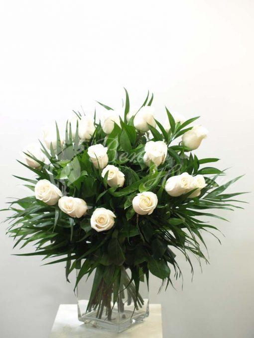 Ramo rosas blancas 3