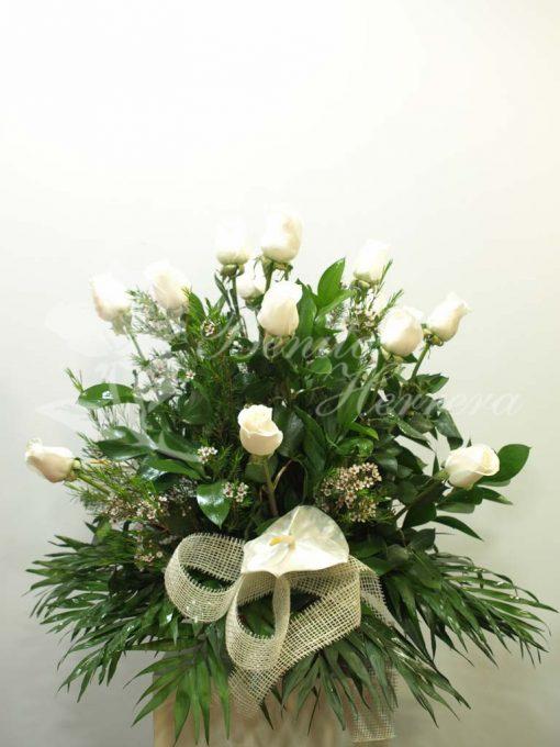 Centro rosas blancas 3