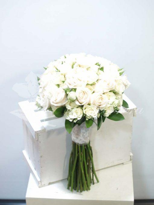 Bouquet de novia rosas blancas 3