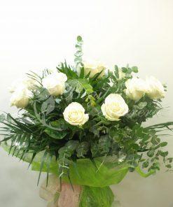 Rosas con envoltorio especial